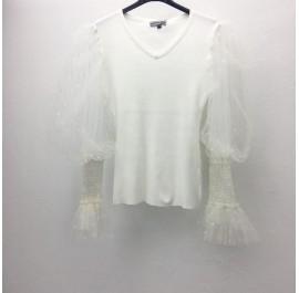 maglia a costina con manica velata